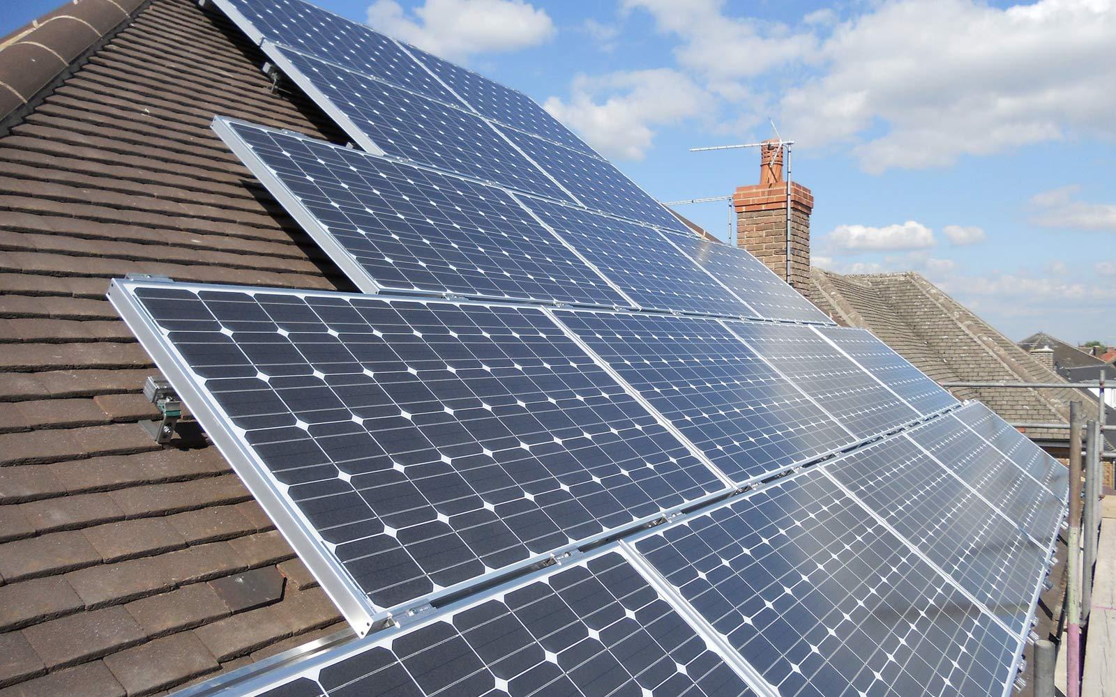 edinstalacije-solarni-paneli-3